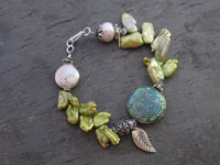 Image of Chartreuse Green Pearl Bracelet